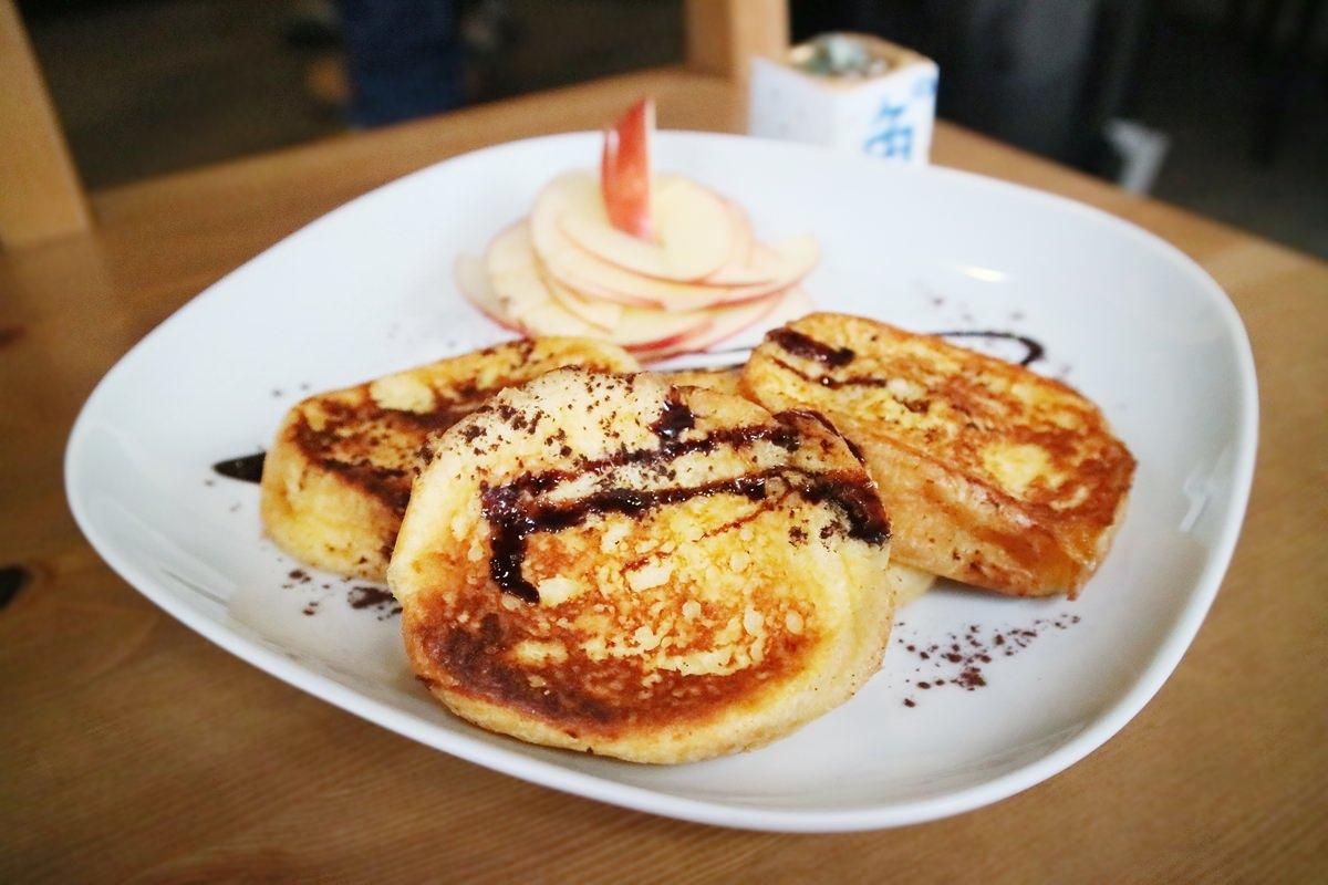 台北天母早午餐|角。藍色 cafe 鹹派、甜點、私房料理任你選