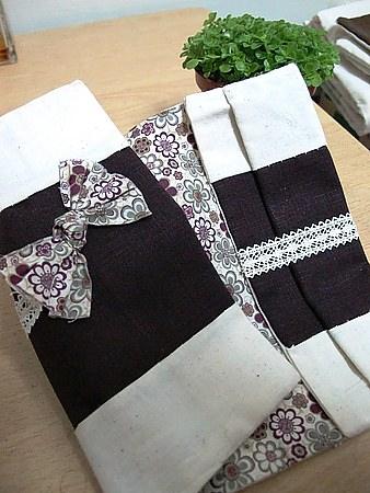 【手作布小物】優雅深紫色蝴蝶結布書衣