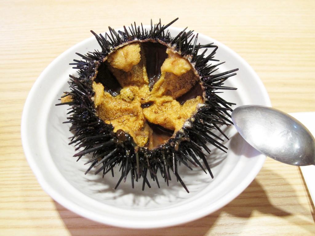 日本橫濱美食│活 迴轉壽司 連日本人都要排隊的頂級生魚片握壽司