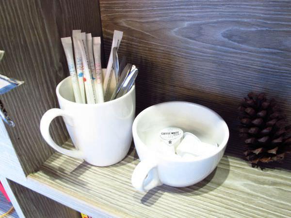 【新竹市東區・咖啡館】More Cafe-享受獨處午後時光