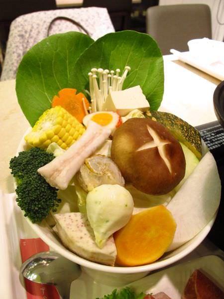 雲林斗六簡餐│綠椰鮮蹤 美食與體驗的多功能空間